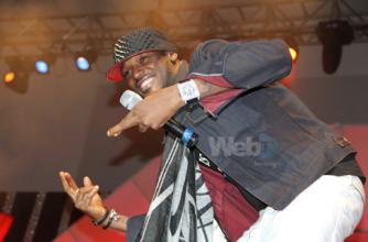 Tuface Idibia performing at the 2012 UBA CEO Award © WebTV NG/Flickr