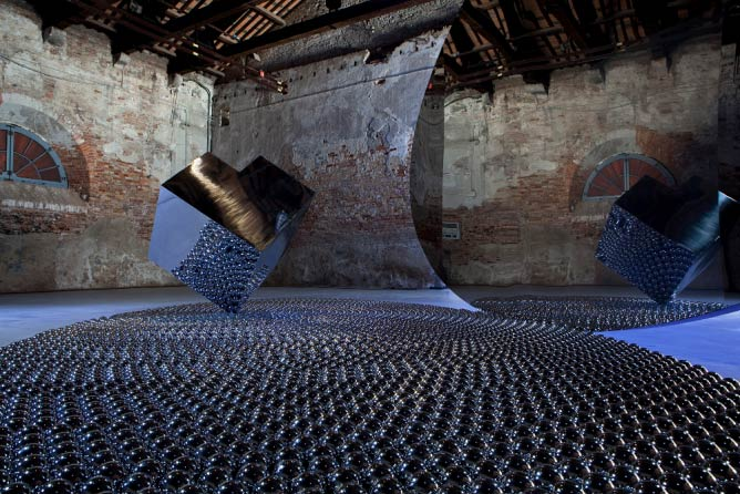 Shadia and Raja Alem, The Black Arch, 2011, installation view at the Venice Biennale 2011. Collection of Basma Al- Souliman | Courtesy of Shadia and Raja Alem
