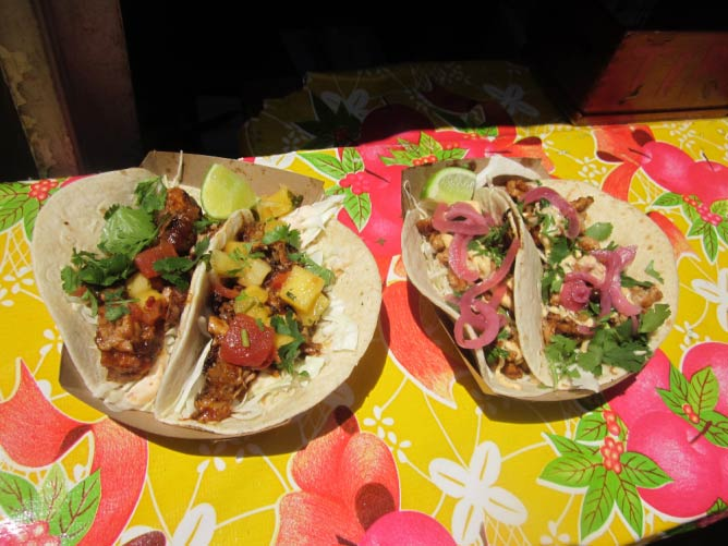 Kermit BBQ Pork and Seoul Man Chicken tacos   © Infrogmation of New Orleans/Flickr