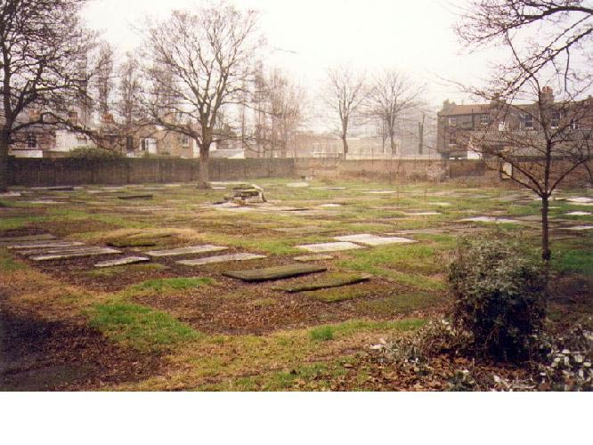 A general view of the Velho Old Sephardi Cemetery at Mile End | © Ferdinand(o) Family History Site