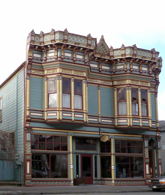 1898 building by architect T.J. Frost on Main Street in Ferndale | © Ellin Beltz/WikiCommons