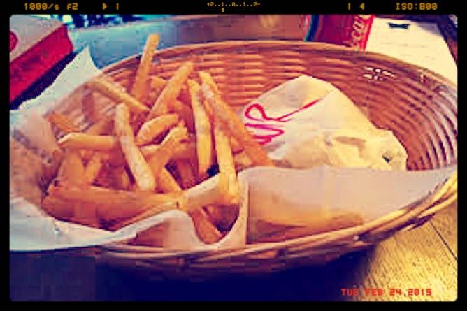 Wrapped Veggie Burger with Fries | © Ewan Munro/Flickr