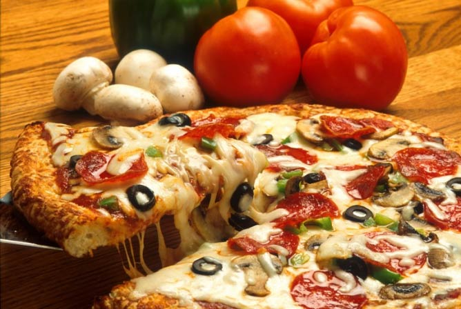 Pizza, one of the world's favourite foods | © Scott Bauer/WikiCommons