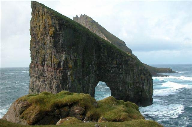 Drangarnir and Tindhólmur, Faroe Islands