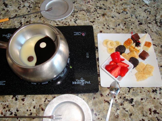 Yin Yang dessert fondue at The Melting Pot