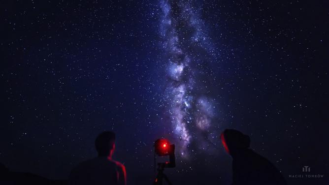 Exploring dark sky - Zakynthos | © Maciej Tomkow