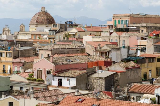 Italy s 10 beautiful coastal towns to visit before you die - Bagno marino archi pizzeria ...