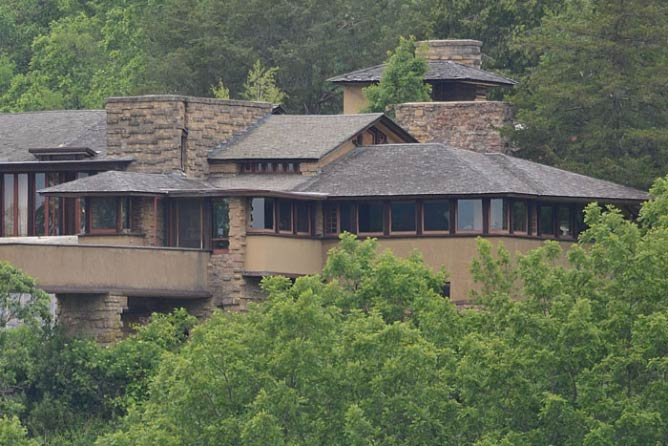 Taliesin|© Stephen Matthew Milligan