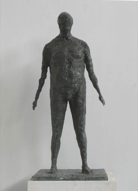 A Standing Man | © Ofer Lellouche