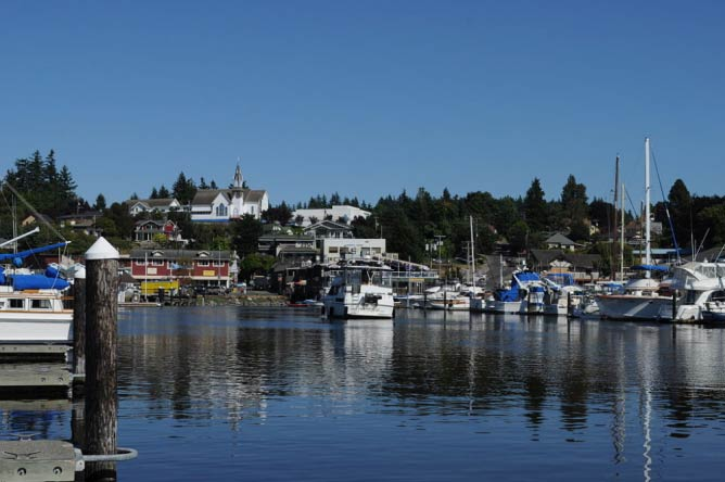Poulsbo from Guest Marina in Liberty Bay | © Joe Mabel/WikiCommons