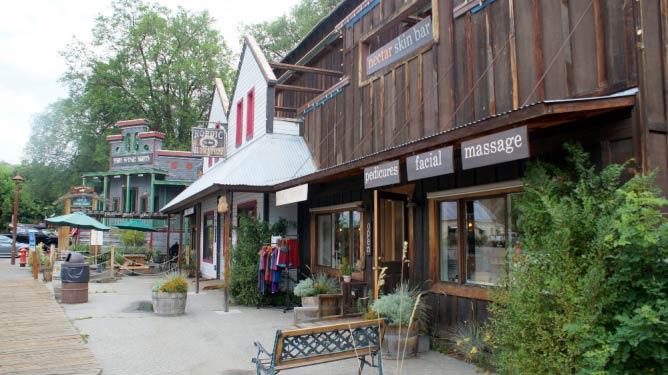 Storefronts in Winthrop | © Michael G Winters/Flickr