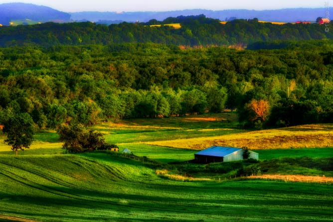 Countryside south-east of Galena | © Tanjeer/Flickr