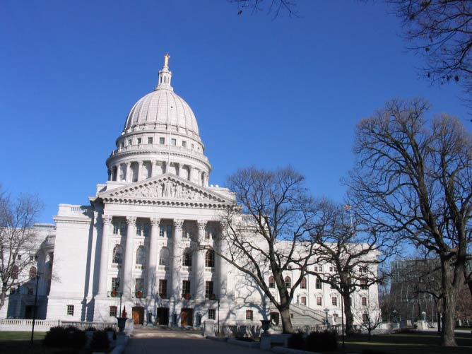 Wisconsin State Capitol in Madison, Wisconsin | ©  Dori/Wikicommons
