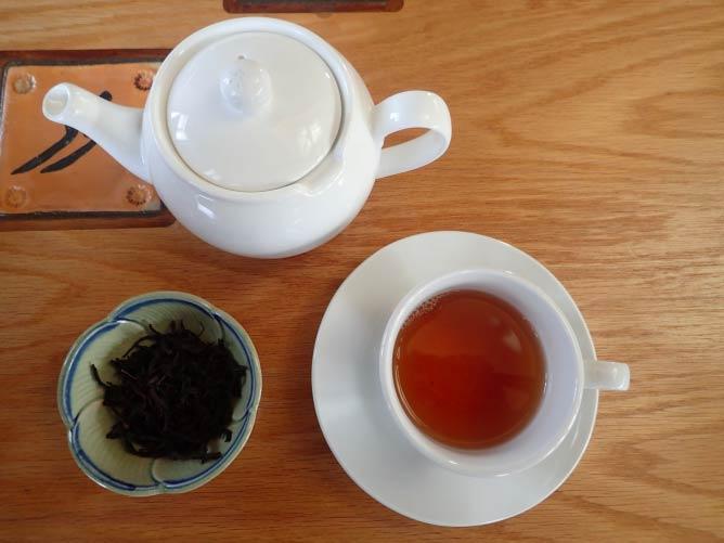Honey Orchid Black Tea   Lauren Ferrier