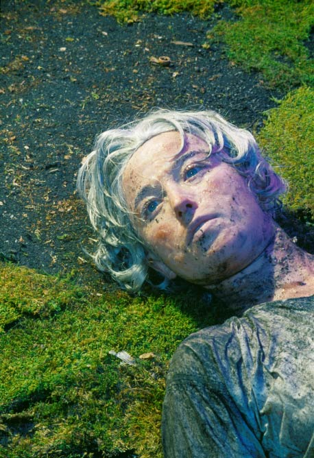 Cindy Sherman, Untitled #153, 1985, Chromogenic color print, 67 ¼ x 49 ½ inches (image size)/170.8 x 125.7 cm, Edition of 6 | Courtesy of the artist and Metro Pictures