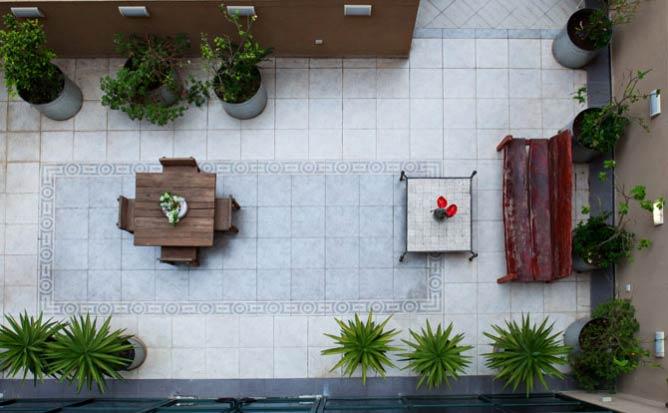 Diaghilev patio | © Sasha Flit