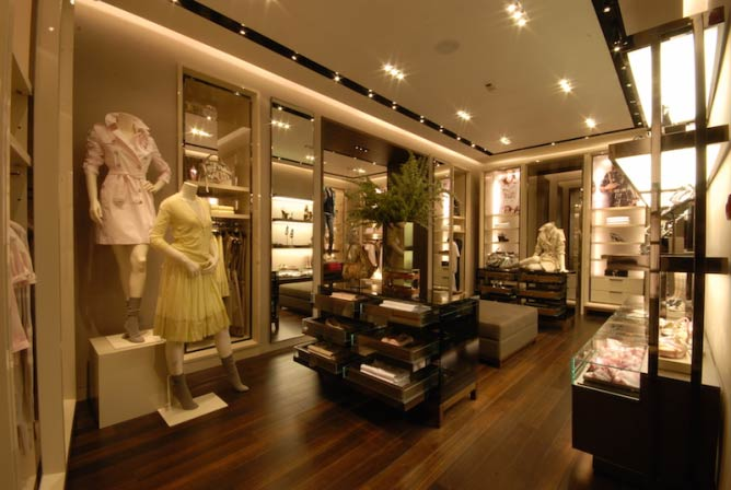 Burberry Shop in Belgrade, Serbia © thinkretail/FlickrCommons