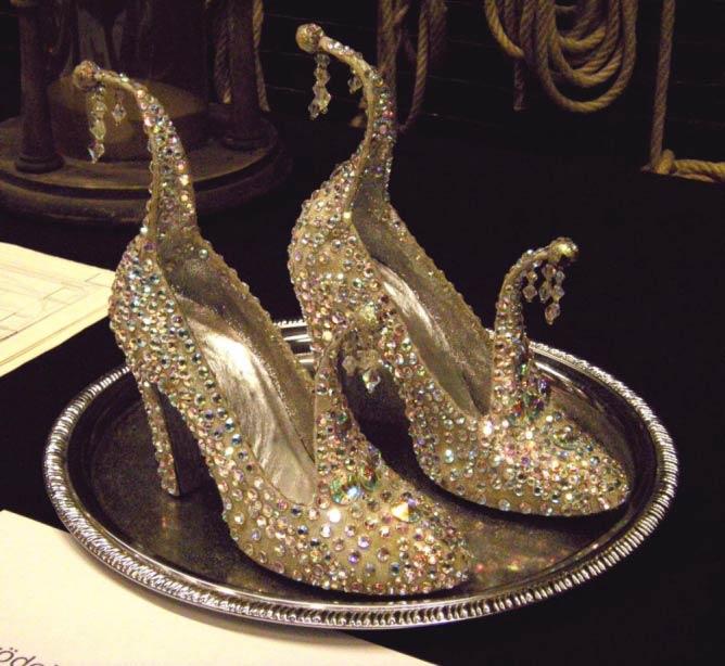 "Staatsopher Open House 2009 ""Cinderella's Shoes"" | © Wolfgang H. Wögerer, Wien/ Wikicommons"