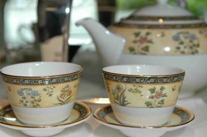 Ritz Carlton Tea Ceremony | Soegi99/Flickr