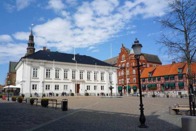 Ystad Main Square | © Mickaël Delcey/WikiCommons