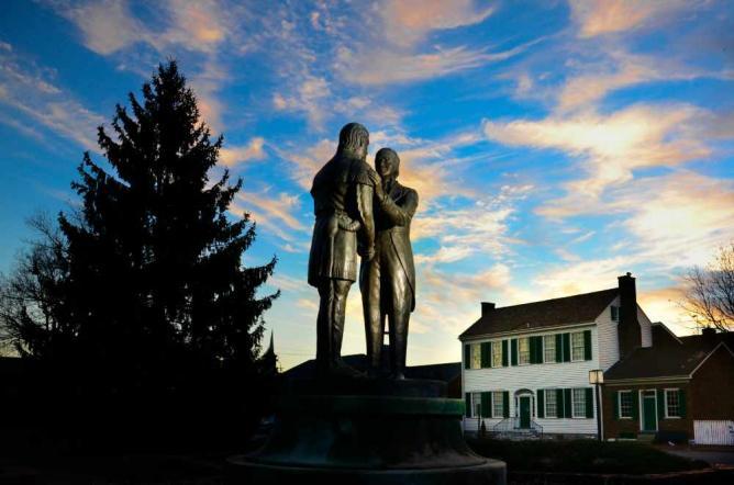Danville's Constitution Square   © Chris Floyd