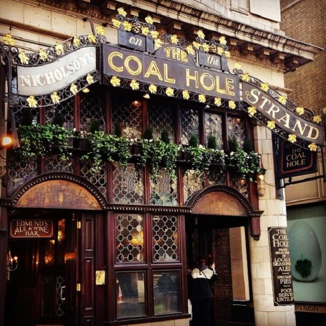 The Coal Hole Pub © Charlotte Kennedy