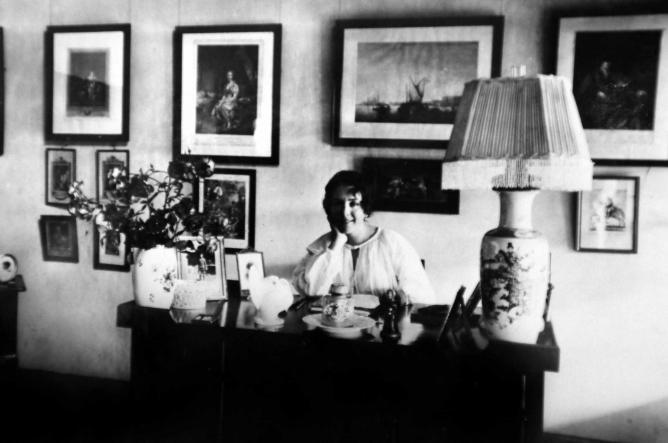Karen Blixen at her desk | Courtesy Karen Blixen Museet