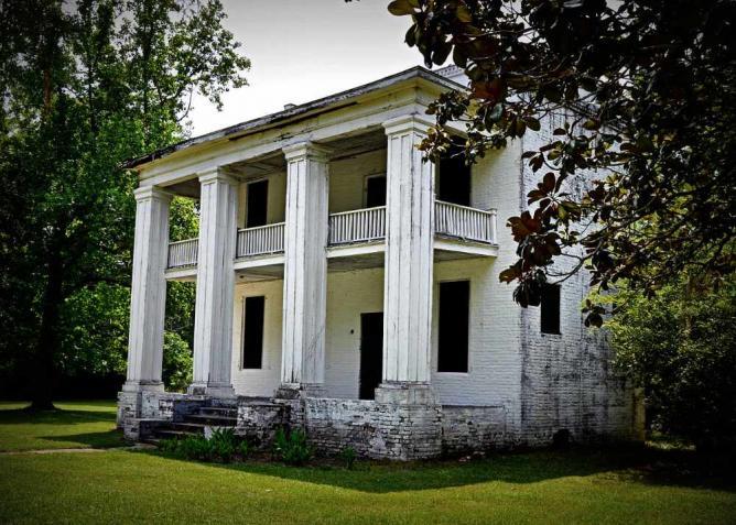 Slave quarters of the Kirkpatrick Mansion, Cahawba, Alabama | © Leigh T Harrell/WikiCommons