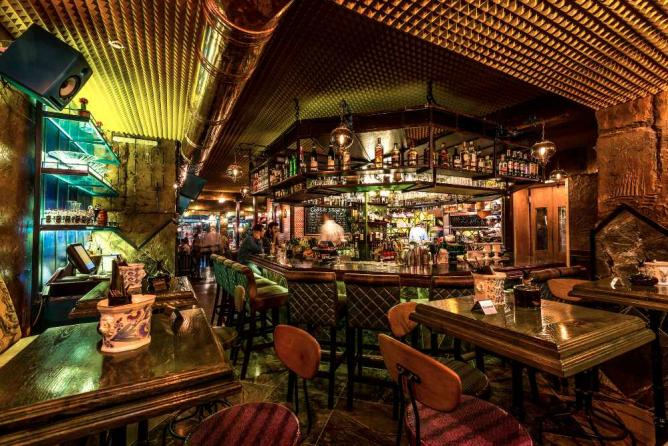 8 Best Bars For A Girls Night Out In Tel Aviv