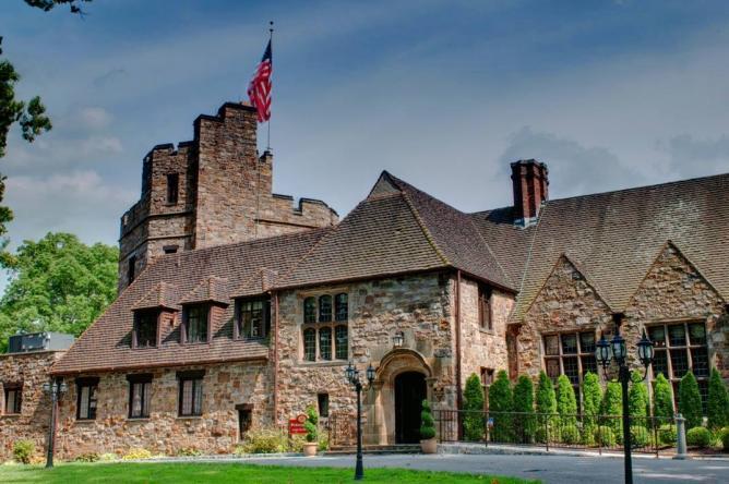 © Stokesay Castle