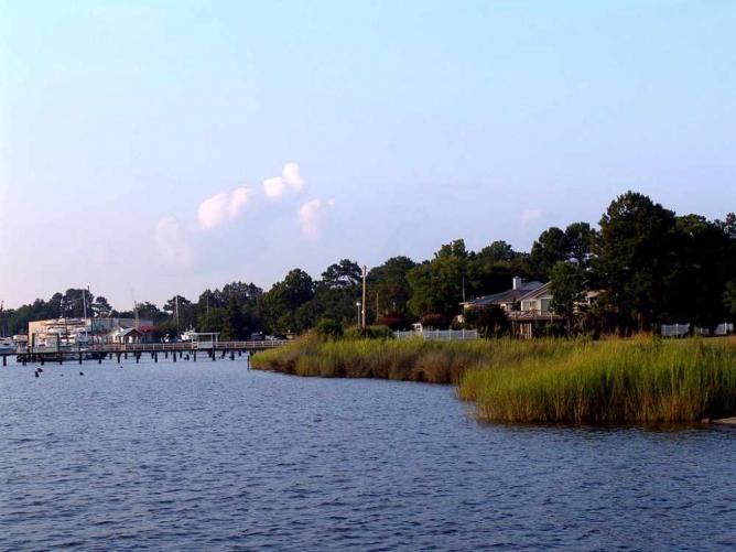 Georgetown waterfront | © Barton Freeman/WikimediaCommons