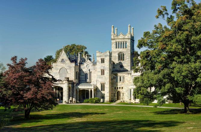 The 12 Most Beautiful Castles In The United States