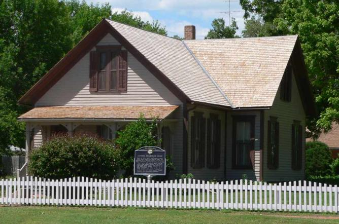 Willa Cather House, Red Cloud   © Ammodramus/WikiCommons