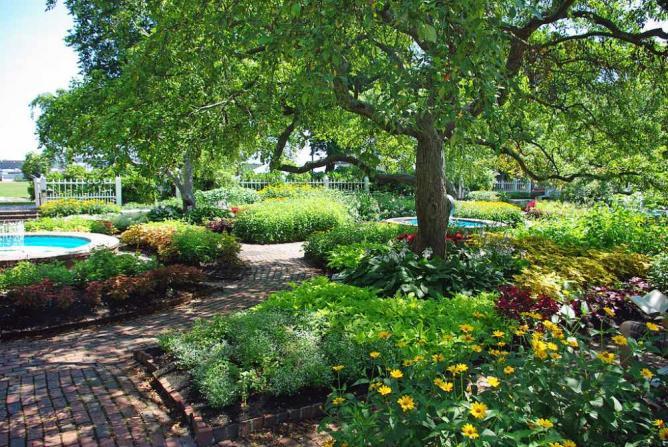 Prescott Park in Portsmouth   © Bostonian13/WikiCommons