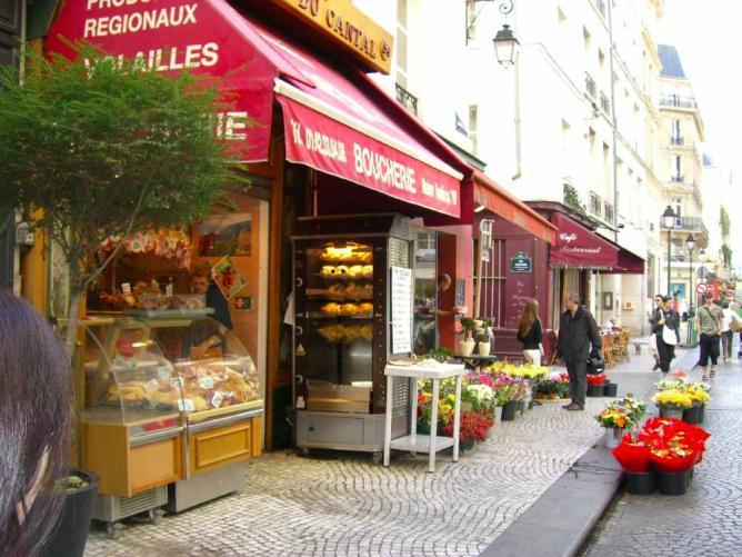 Rue Montorgueil | Elena Torre / Wiki Commons