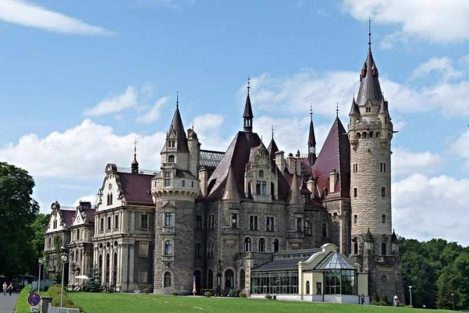 The 10 Most Beautiful Castles In Poland