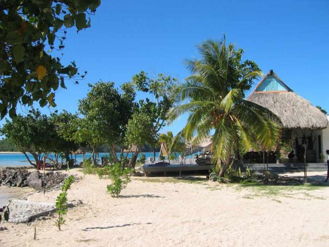 Navutu Stars Resort   © Josh/Flickr