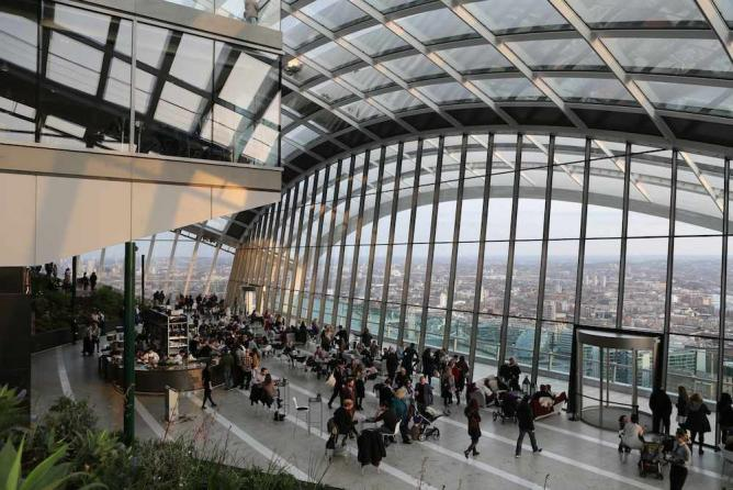 The Sky Garden's Rooftop Terrace | © Eugene Regis/Flickr