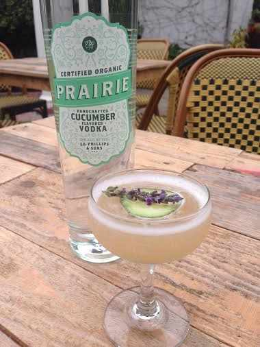 Secret Garden Gimlet | Courtesy of Amber Billiard, a mixologist at Side Door