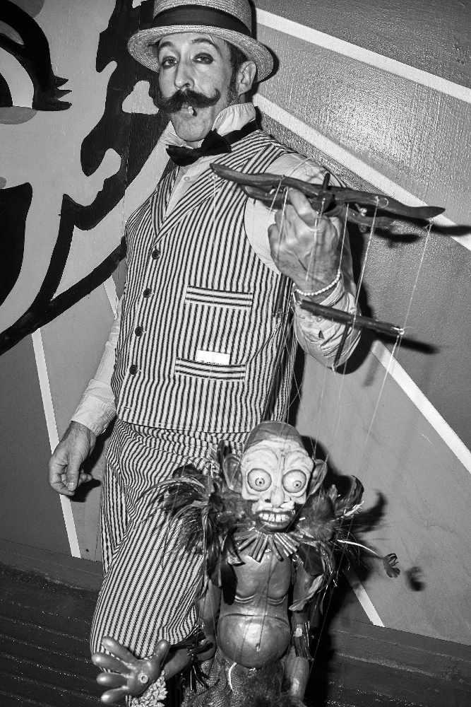 Mathew Scott of Rasputin's Marionettes | © Brad Torum