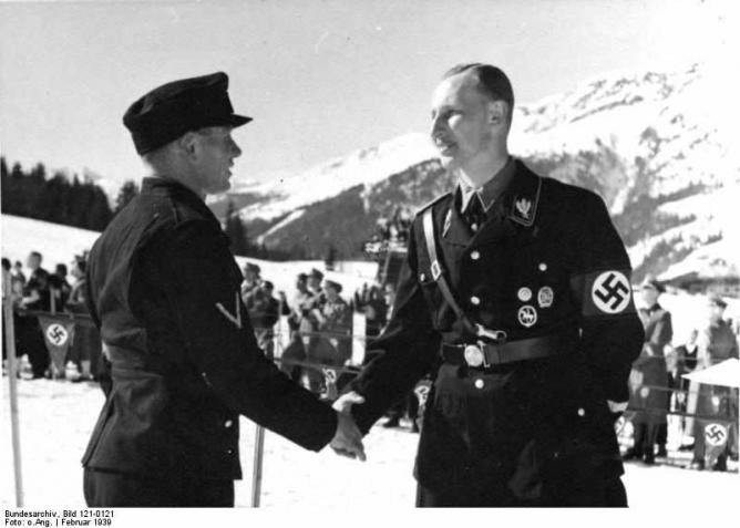 Reinhard Heydrich, on right, in 1939 | © Bundesarchiv, Bild 121-0121/WikimediaCommons