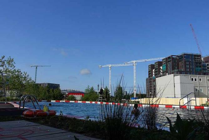Must visit outdoor pools in london for Chlorine free swimming pool london
