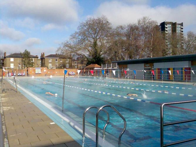 Must visit outdoor pools in london - Outdoor swimming pool covent garden ...