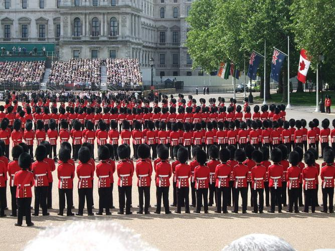 Guards line up at Trooping the Colour © Wikicommons