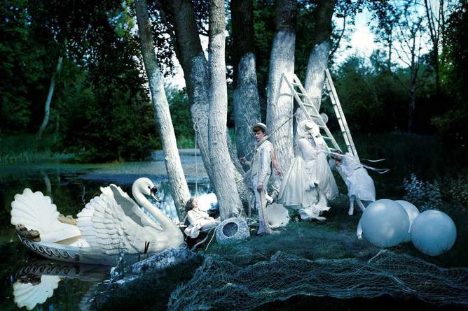 Tim Walker The Fashion Photographer Who Makes Magic
