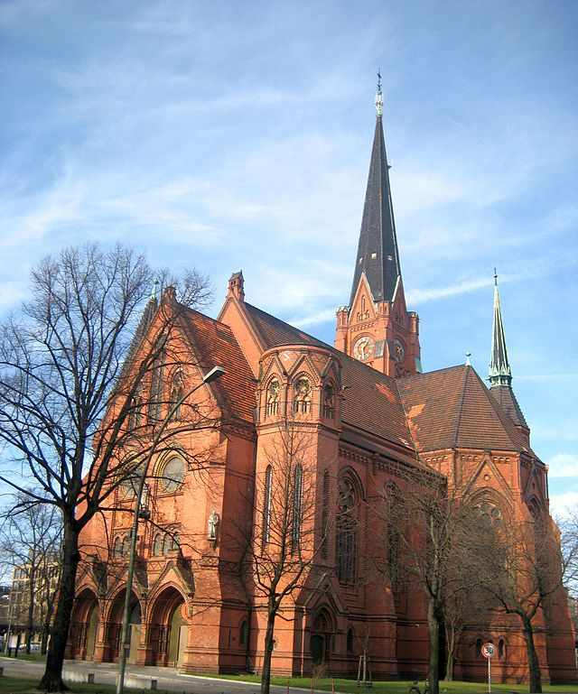 The 5 most beautiful churches in berlin american church xa9 beek100wikicommons sciox Gallery