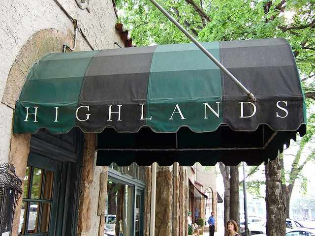 Highlands Awning | ©Ralph Daily/Flickr