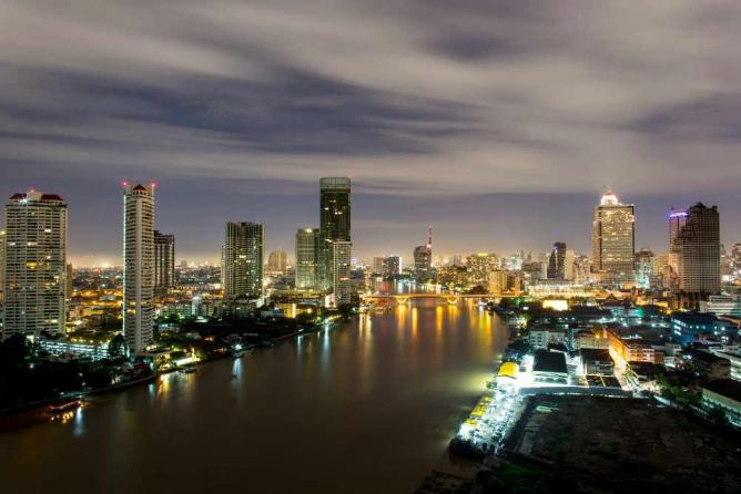 Bangkok by night | © REMProject/Flickr