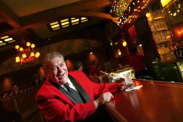 Musso & Frank's Ruben Rueda | Jay L. Clendenin / Los Angeles Times