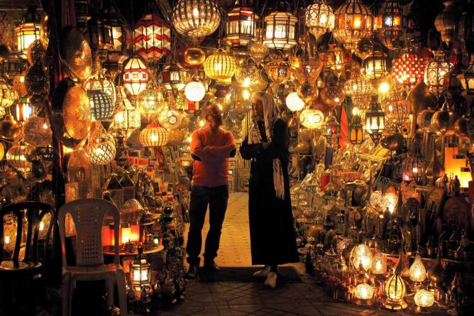 Marrakech Souks by night | © Raban Haaijk/ Flickr
